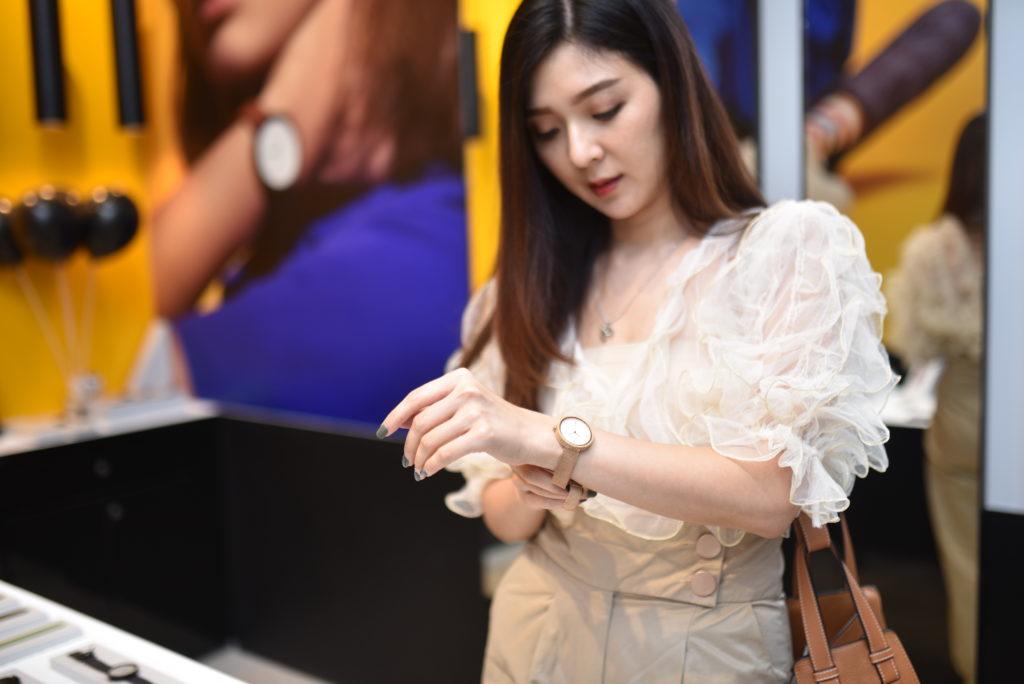 นาฬิกา ข้อมือ ผู้หญิง